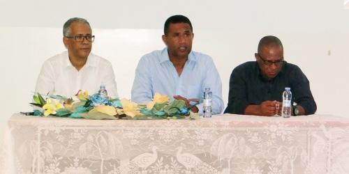 Uni-CV assina Protocolo de Parceria com o Clube Ténis do Mindelo